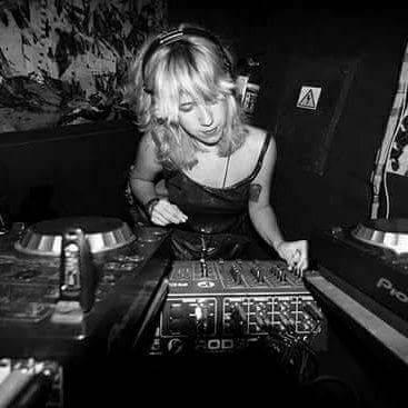 Cuarta edición de 'Bailes contra el Hambre' con Lucía Díaz, Cascales, Be.lanuit, La Resistance, Gela y Fran SM GELA DJ