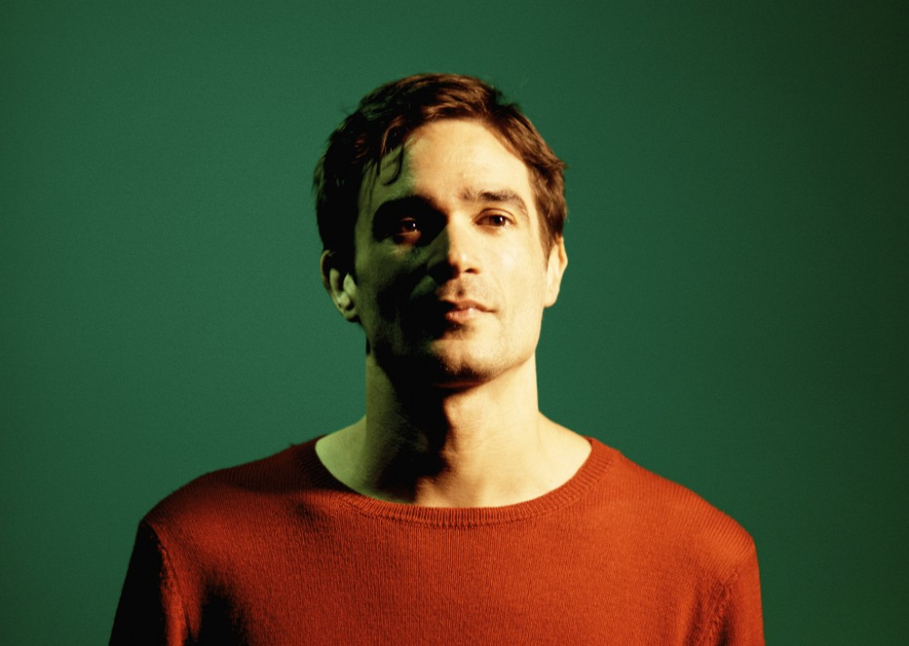 Paraíso 2020 enseña la -excitante- patita (por Fac51) Jon Hopkins 2018